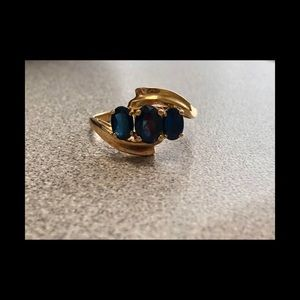 10K Gold And Sapphire Ring